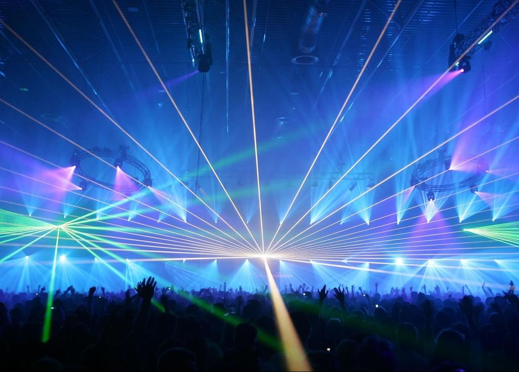 rave-babie-blue-lights